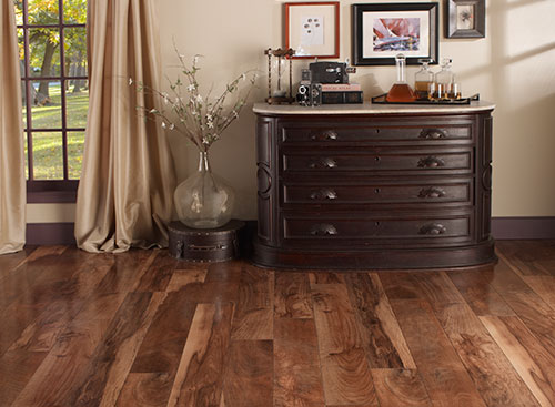 Laminate Flooring that looks like Real Wood